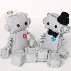 Bride and Groom Robot Plush with top hat and by GinnyPenny on Etsy