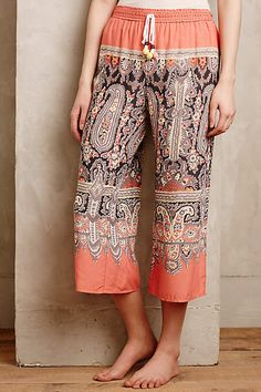 Charvi Cropped Loungers - anthropologie.eu