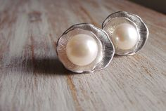 Pearl Leaf Earrings by nicholeriley on Etsy, $23.00  super cute for date night. Also makes a great Christmas gift for your girlfriend.  pearl jewelry. June birthstone. Bridal Jewelry.