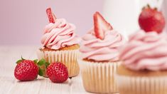 This strawberry cupcakes recipe results in a homemade strawberry cupcake made with fresh strawberry puree. Angel Food Cupcakes, Baking Cupcakes, Vanilla Cupcakes, Mini Cupcakes, Lemon Cupcakes, Birthday Cupcakes, Strawberry Cupcake Recipes, Strawberry Frosting, Strawberry Puree
