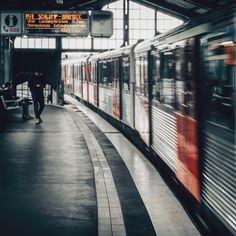 Train passes - - - #hamburg #baumwall #street #fujifilm_street #in_the_street #lensonstreets #jj_mood #hamburgahoi #urbanandstreet #streetview #visualsoflife #jj_streetphotography #streetphotography #igershamburg #xf23 #justgoshoot #artofvisuals #photooftheday #moodyphotography #wearehamburg #lesphotographes #fujifeed #lensculturestreets #moodygrams #streetlove #lensculture #fujinordic #agameoftones #streetview #hochbahn