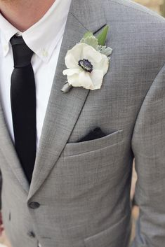 anemone boutonniere on a gray suit. Wedding Groom, Wedding Men, Wedding Suits, Wedding Attire, Dream Wedding, Groom Attire, Groom And Groomsmen, Gray Suit Groom, Groomsmen