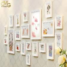 12 Inspirational DIY Picture Frame Ideas, Making Yours Like Never Before! Diy Picture Frames On The Wall, Frame Wall Collage, Picture Frame Crafts, Picture Frame Molding, White Picture Frames, Picture Frame Sets, Collage Picture Frames, Frames On Wall, Home Decor Pictures
