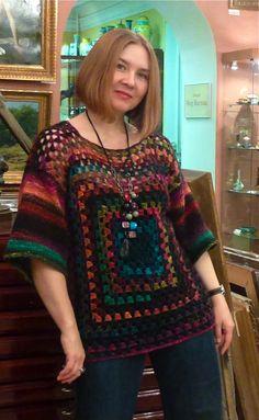 Crochet Granny Square Poncho Beautiful New Ideas Black Crochet Dress, Crochet Jacket, Crochet Cardigan, Crochet Shawl, Crochet Vests, Cardigan Pattern, Crochet Doilies, Moda Crochet, Crochet Granny