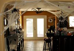 Halloween decorating and spooktacular party ideas