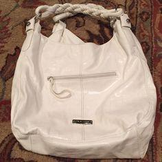 Large White Steve Madden Shoulder Bag Cute! Rope handles. Silver hardware. Three inside pockets, one outside. Awesome white color. Steve Madden Bags Shoulder Bags