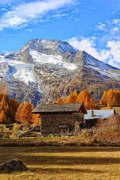 Le hameau du #Monal et le massif du Mont #Pourri et les glaciers de la…
