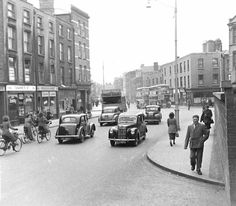Old Images of Dublin Old Images, Old Pictures, Old Photos, Photo Engraving, Ireland Homes, Dublin City, Dublin Ireland, Street View, Memories