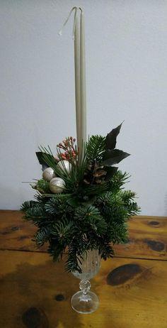 Ako vyrobiť vianočný svietnik zo živých vetvičiek, Všetko ostatné, fotopostup - Artmama.sk Candles, Table Decorations, Christmas, Home Decor, Xmas, Decoration Home, Room Decor, Candy, Navidad