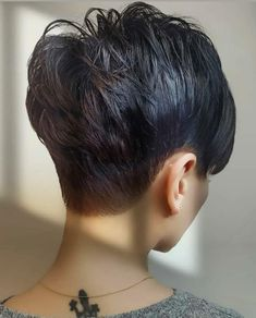 Cool Short Hairstyles, Unique Hairstyles, Pixie Hairstyles, Short Hair Lengths, Short Hair Cuts, Short Hair Styles, Pixie Haircut Styles, Short Pixie Haircuts, Best Pixie Cuts