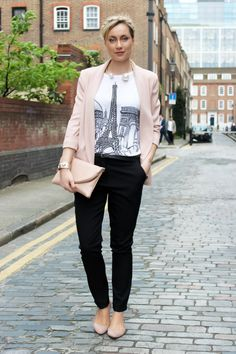Street Style, street Look, french fashion blogger Artlex / Classique, chic, nude, evening, party  Shop this look:   Jacket : http://rstyle.me/n/f4x6ztgzw Tee-shirt : http://rstyle.me/n/h5nugtgzw Pant : http://rstyle.me/n/ifmn4tgzw Bag : http://rstyle.me/n/id2kqtgzw Shoes : http://rstyle.me/n/ifmmktgzw Necklace : http://rstyle.me/~1WkVE
