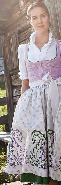 visible panty line white Salzburg, Medieval Dress, Traditional Dresses, Outfit, Collars, Stylish, Skirts, Inspiration, Clothes