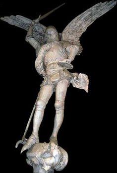 France ; Mont Saint-Michel : l'archange Saint-Michel