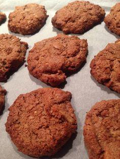 Chocolate Macadamia Cookies. Gluten and fructose free