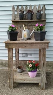 diy potting bench from reclaimed fencing, container gardening, fences, flowers, gardening, outdoor furniture, repurposing upcycling