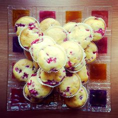 Muffiny jogurtowe z malinami