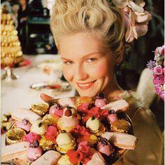 Marie Antoinette et les douceurs de Ladurée. ❤