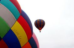 """Read about our hot air balloon rides. """"I'm still in love with my hot air balloon ride from @Cloud 9 Living Experience Gifts. I'd love to do it again."""" #HotAirBalloon"""
