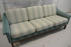 Duncan Phyfe sofa for Sale . Duncan Phyfe sofa for Sale . A Classical Parcel Gilt Verdigris and Carved Mahogany Leather Sofa And Loveseat, White Leather Sofas, Sectional Sofa With Chaise, Leather Reclining Sofa, White Sofas, Tufted Sofa, Cushions On Sofa, Sofa Bed, Sofa Table With Storage