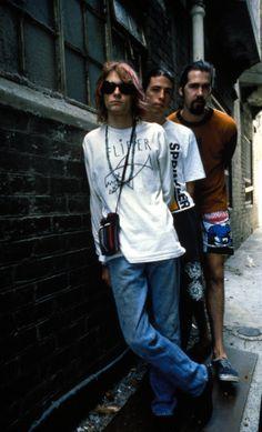 Kurt Cobain, Dave Grohl and Krist Novoselic - #Nirvana 1992