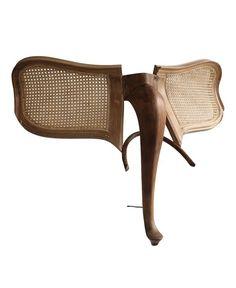 A nova vida (animal) dos móveis velhos |  Marc Sparfel