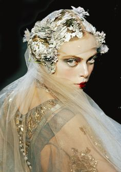 John+Galliano+Fall+2009