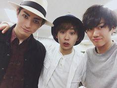 In left (with hat)  Kimura Tatsunari as Kageyama Tobio In center  Kenta Suga as Shōyō Hinata and, in right  Ryōtarō Kosaka as Kei Tsukishima