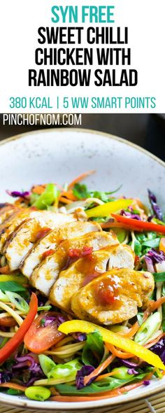 Slimming Syn Free Sweet Chilli Chicken with Rainbow Salad Slimming World Salads, Slimming World Lunch Ideas, Slimming World Recipes Syn Free, Healthy Diet Snacks, Healthy Eating Recipes, Diet Recipes, Cooking Recipes, Recipies, Dinner Healthy