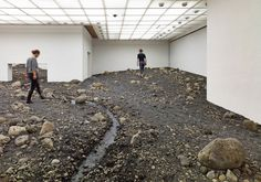 olafur eliasson riverbed louisiana museum designboom  for the first time, danish-icelandic artist olafur eliasson presents a solo show at denmark's prestigious louisiana museum of modern art, placing three spatial installations within the architectural context of the site.