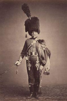 Des photos exceptionnelles de soldats français, qui ont combattu au côté de Napoléon Bonaparte à la bataille de Waterloo, ont été dévoilées par l'Université Brown de Providence à RHODE ISLAND (Etats-Unis). Monsieur FABRY, 1er Hussards