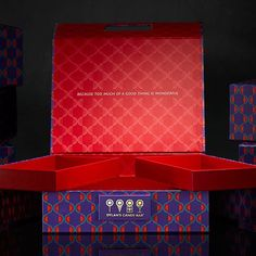 Seeking closures: this #dylanscandybar corporate rigid box features a hinged buckle-style lid that fits in to the rectangular piece on the base keeping the box secure. #luxury #packaging #designpackaging by designpackaging