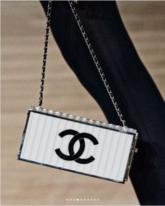 Chanel recently presented their Métiers d'Art 2018 Collection in Hamburg, Germany where Karl Lagerfeld was born. The collection was held at the Coco Chanel, Chanel Bags, Chanel Boutique, Fall 2018, Karl Lagerfeld, Clutch Bag, Shoulder Bag, Handbags, Purses