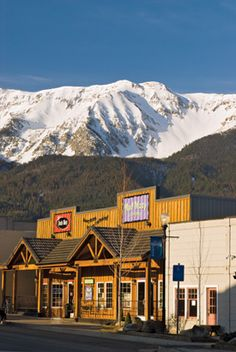 I love this heavenly little town in NE Oregon. The Places Youll Go, Great Places, Places To See, Oregon City, State Of Oregon, Joseph Oregon, Visit Oregon, Oregon Washington, Oregon Travel