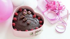 Verdens beste sjokoladekake Delicious Cake Recipes, Yummy Cakes, Food Stations, Cooking Recipes, Pudding, Chocolate, Baking, Breakfast, Decoration