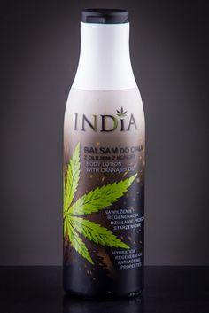 Balsam do ciała z olejem konopnym Balsam do ciała zawierający olej z konopi jest szczególnie polecany do pielęgnacji skóry suchej. Lekka formuła szybko się wchłania, ujędrnia ciało i dodatkowo uelastycznia skórę. Działa łagodząco na podrażnioną skórę i przyśpiesza jej regenerację. #hemp #product #cannabis