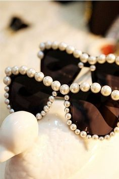 pearl detail on sunglasses