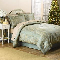 One of my favorite discoveries at ChristmasTreeShops.com: Mini Scroll Jacquard Comforter Set for my Bedroom?