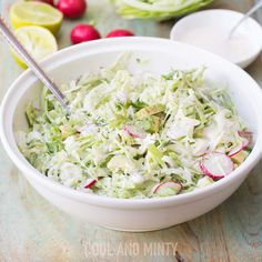 SAŁATKA COLESLAW Z RZODKIEWKĄ I AWOKADO Coleslaw, Cabbage, Salad, Vegetables, Food, Coleslaw Salad, Essen, Cabbages, Salads