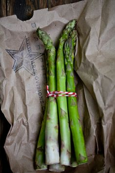 Asparagus with Tarragon and Hazelnuts