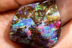 19.6 CTS QUALITY  BOULDER OPAL POLISHED STONE INV-458  GC boulder opal ,australian opal,yowah opal