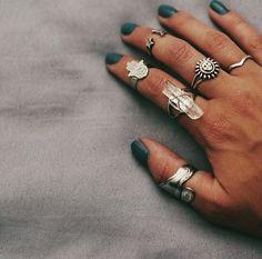 ☽ pinterest: alisonennik ☾