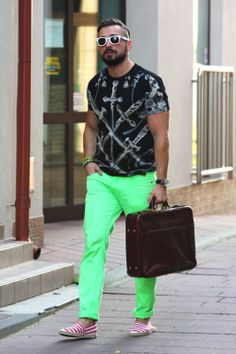 http://maciekfashion.blogspot.com  #muscle #men #outfit #colorful #fashion #menoutfit #mensfashion #menswear #style #menstyle #musclemen