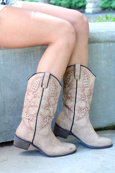 33faab47855f NanaMacs Boutique - Shortie Stone Rancher Studded Boots