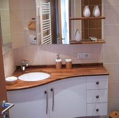 ideas bathroom mirror cabinet corner vanity for 2019 Corner Bathroom Vanity, Diy Vanity Mirror, Diy Bathroom, Steam Showers Bathroom, Small Bathroom, Master Bathroom, Bathroom Ideas, Bathroom Organization, Corner Mirror