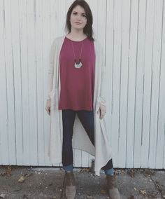 A LuLaRoe perfect T, Sarah Cardigan and skinny jeans paired with booties make the perfect fall outfit! Contact me for more! Lularoeleannewehling@gmail.com FB: LuLaRoe Leanne Wehling