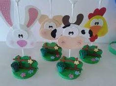 Resultado de imagen para centro de mesa fazendinha Farm Cake, Farm Birthday, Farm Party, Ideas Para Fiestas, Bottle Crafts, Baby Pictures, Baby Shower Invitations, Mousse, Diy And Crafts