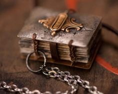 Hold++Wearable+Book+Necklace+by+LeslieMarsh+on+Etsy,+$110.00