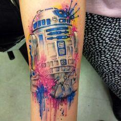 Splatter effect on this R2D2 tattoo