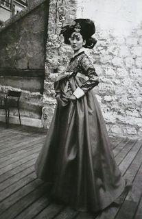 Mademoiselle Faustine: Inspiration : Han Bok