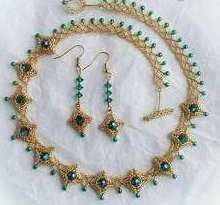 "Master class on beading: Necklace ""Emerald drops""  (Free instructions with pictures)."